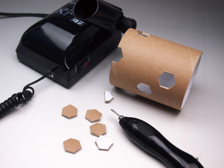 超音波カッターでLEDテーブルライト作成