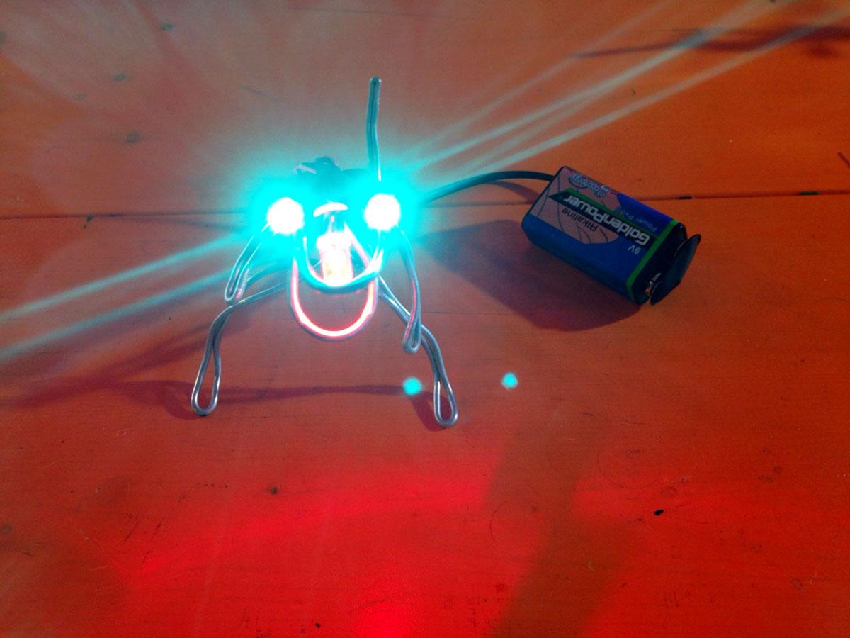 お子さんでもできる LED工作キット